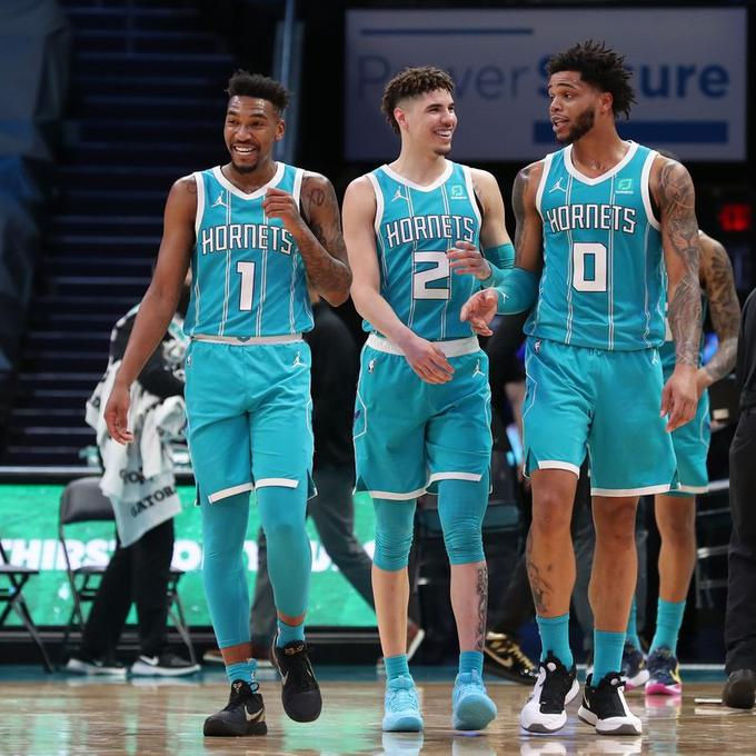 Hornets - Wizards 119-97: Περίπατος της Charlotte